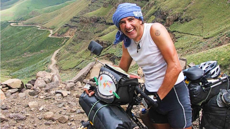 Álvaro Neil @biciclown - Aventura en India